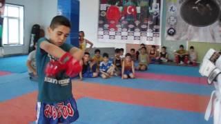 Amin Bineqedi MMA(Qaydasiz) Doyusu
