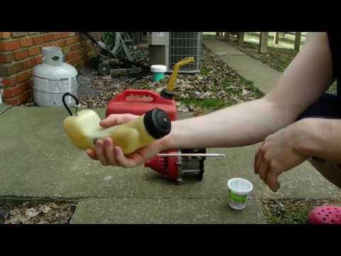 How To Clean A Fuel Tank From Your Weed Wacker