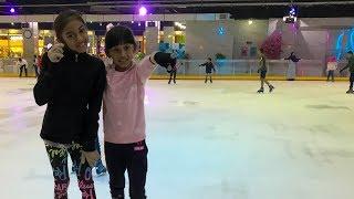 MECCA ketagihan ICE SKATING gara-gara NAYFA