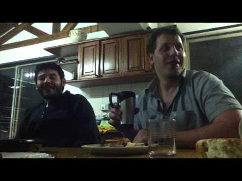 Tanto quilombo por abrir un vino de 100 pesos tanto quilombo by Flanders Carrillo