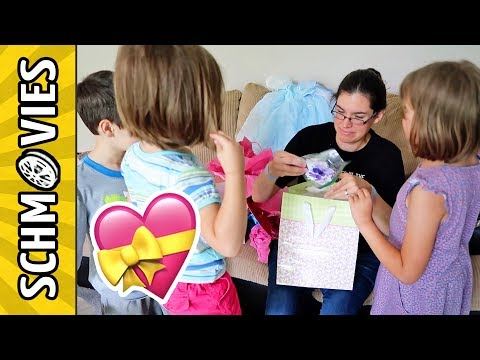 The Kids Throw a Surprise Baby Shower for Mom! 🎁👶