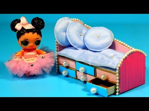 How to make a cardboard bed for dolls LOL - miniature crafts DIY
