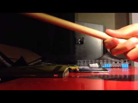 How to hold drum sticks traditional grip