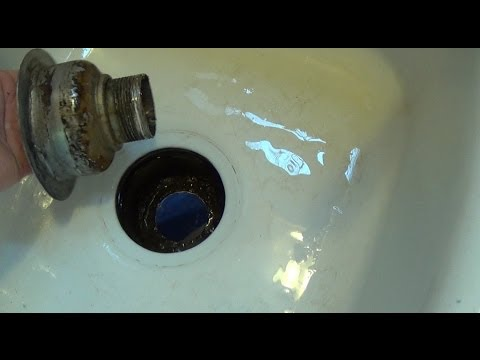 How to Replace a Kitchen Sink Strainer (Sink Drain)