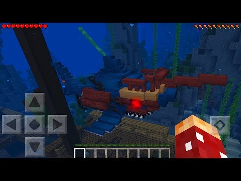 WHAT'S HIDING IN THE BOTTOM OF THE OCEAN IN MINECRAFT?!