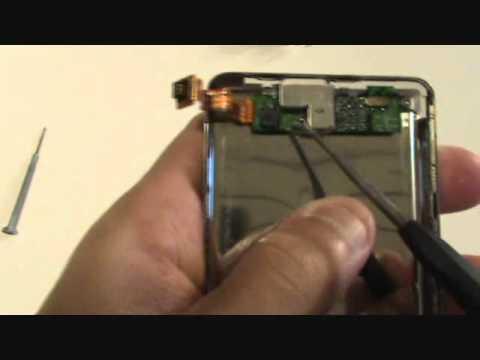 iPod 4th Generation Headphone Jack Replacement 20gb 40gb Tutorial | GadgetMenders.com