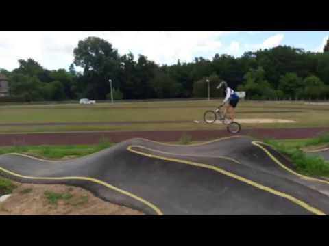 Pumptrack gilson track renaison BMX