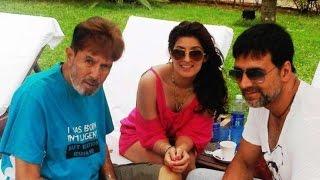 Akshay Kumar Family video