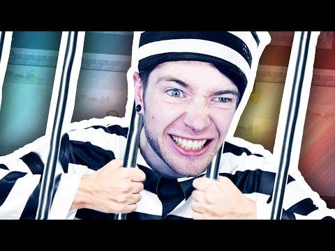 STEALING A PRISONER'S JOB!!! (The Escapists Jingle Cells #2)