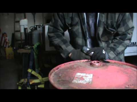 How to remove 55 gallon barrel lid with air chisel