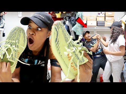 ANGRY GIRLFRIEND DESTROY YEEZY'S PRANK!!! (FREAKS OUT)