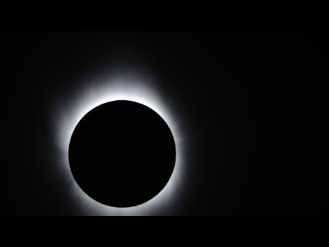 How to drive safely during the solar eclipse
