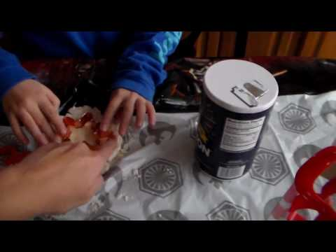 How to make easy clay handprints