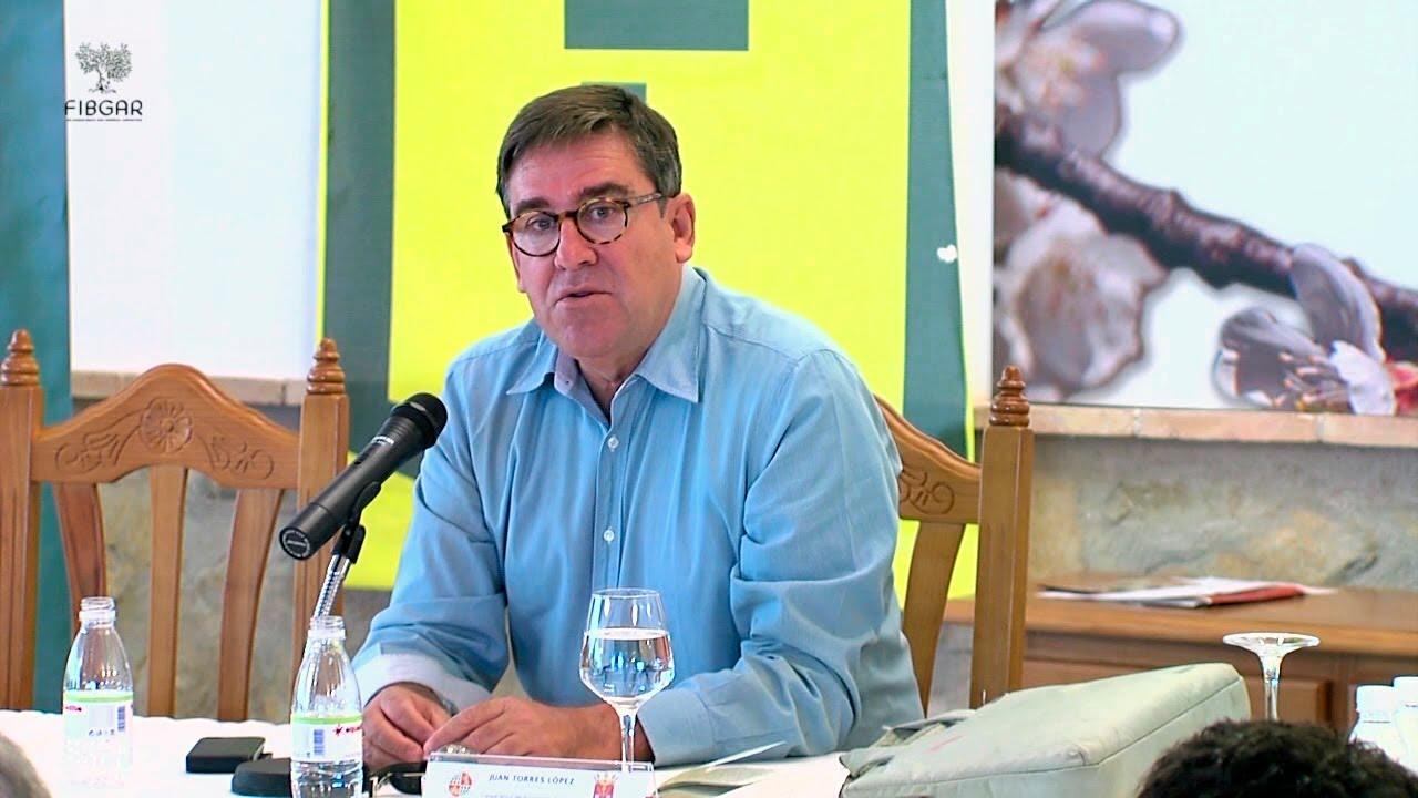 """Conferencia de Juan Torres """"Contra la crisis, otra economía y otra forma de vivir"""""""