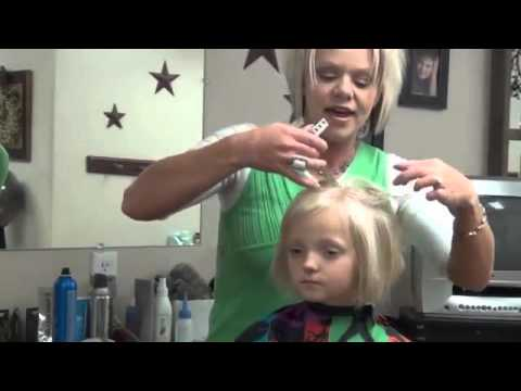 Style Short Hair on Little Girls   5 10 Minute Girls Hairstyles