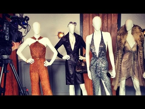 See Jennifer Lawrence's Sexy '70s Costumes in American Hustle | Fashion Flash