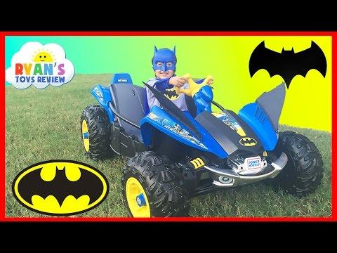 BATMAN BATMOBILE Power Wheels Batman 12V Dune Racer Unboxing