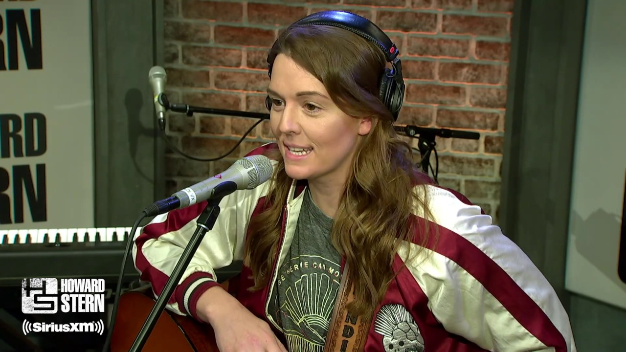"""Brandi Carlile Covers Crosby, Stills, & Nash's """"Helplessly Hoping"""" Live on the Stern Show (2018)"""