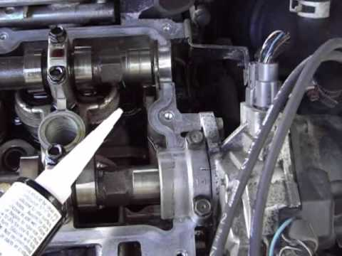 Replacing Rocker Cover Gasket on Nissan Altima 2001