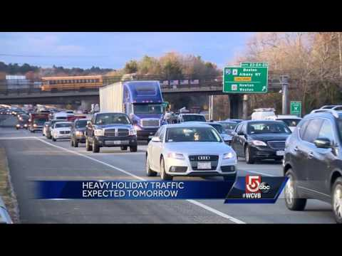 Experts say early or late travel is best to avoid holiday traffic