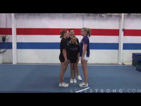 How to Do Stunt Mounts in Cheerleading