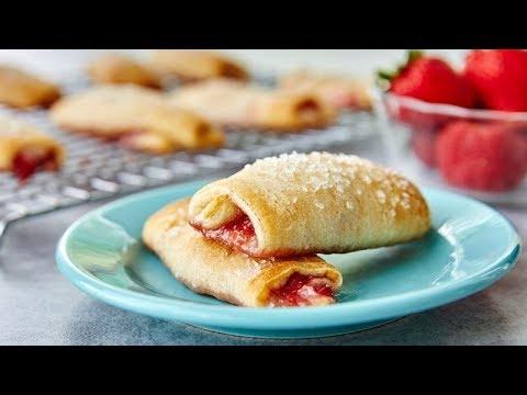 Strawberry Cheesecake Crescent Roll-ups | Pillsbury Recipe