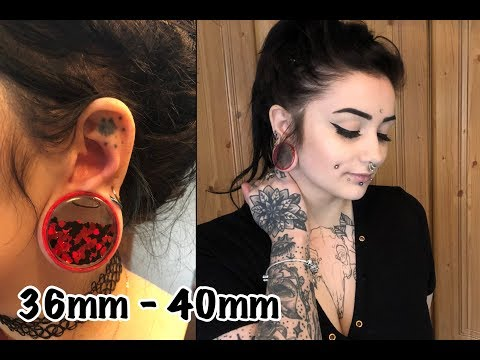 STRETCHING MY EARS FROM 36MM - 40MM | Lilithas Bones