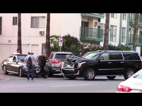 3 Vehicle Traffic Accident / Beverly Grove