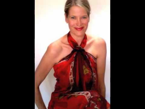 How to wear a scarf - Hermes mousseline shawl in Pareo knot