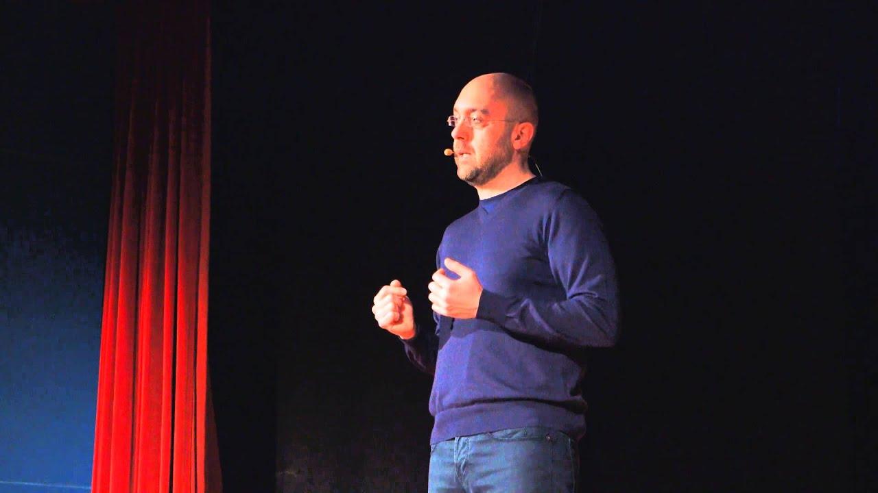 La benzina della creatività non è il talento ma la conoscenza | Riccardo Falcinelli | TEDxArezzo