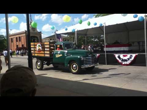 2013 HENRY FORD GREENFIELD VILLAGE MOTOR MUSTER FIRST PLACE RAY SAVAGE VERNORS TRUCK 1947 CHEVY