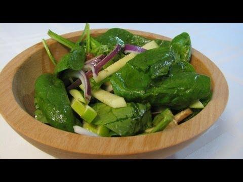 Spinach, Apple, Bacon Salad -- Lynn's Recipes