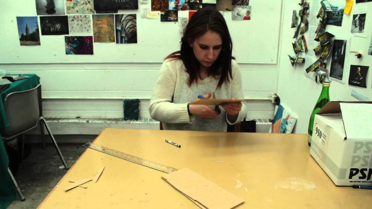 How to Make a Light Box Using Picture Frames