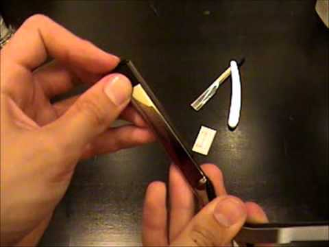 How to put a blade into a shavette