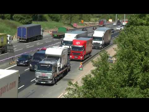 M6 TRAFFIC CRAWLING MIDDLEWICH LORRIES GALORE MAY 2018     ,