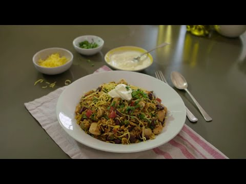 How to Make Hearty Chicken Chili & Rice   An Original Knorr® Recipe