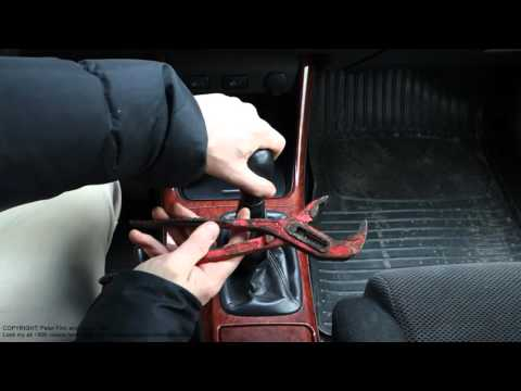 How to replace gear stick knob Toyota cars. Manual transmission. Years 2000-2015
