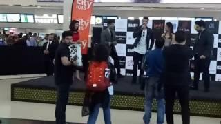 Hrithik Roshan and Yami Gautami at Vox Cinemas Dubai for Kaabil promotions