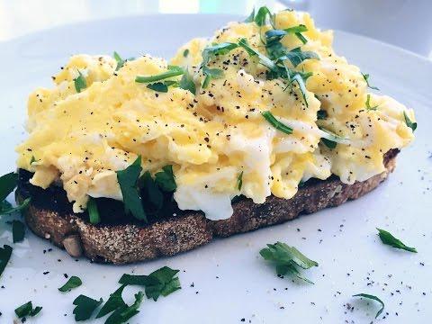 Easy and Healthy Scrambled Eggs Recipe - Indulgent Fuel