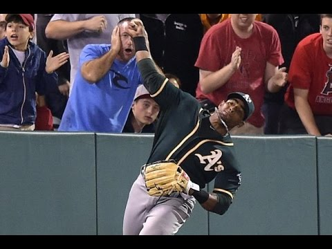 MLB: Greatest Outfield Throws