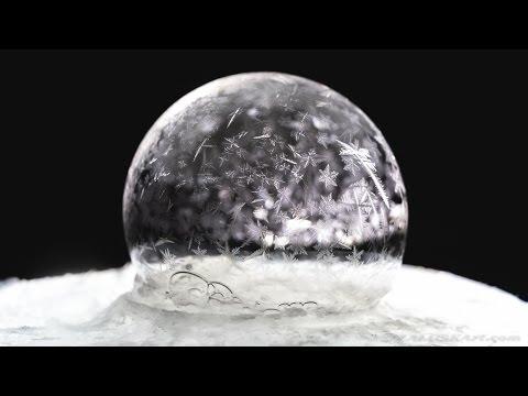 Freezing soap bubbles at -15 celsius - Warsaw