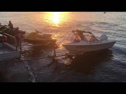 Boat ramp loser