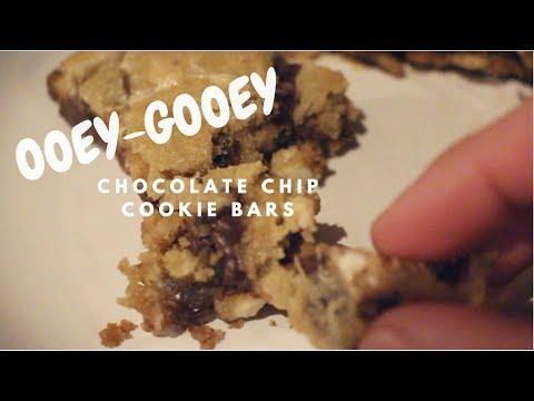 Ooey-Gooey Cookie Bars