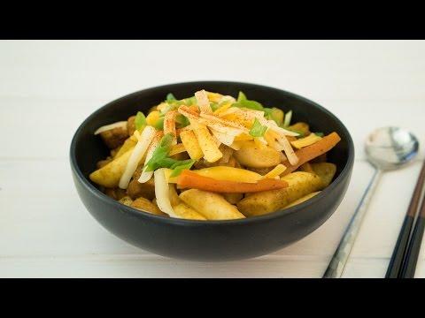 Chicken Curry Tteokbokki 카레 떡볶이