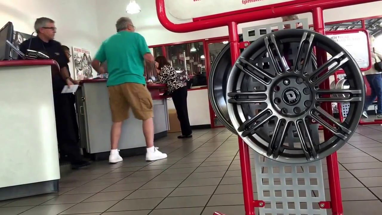 Old man gets crazy at America's Tire