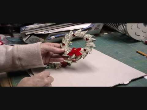 Make A Money Christmas Wreath!