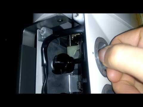 Elna lotus SP reverse sewing control