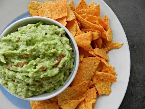 How to Make Perfect Guacamole