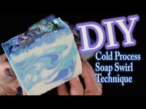DIY Soap Making - How To Make Cold Process Soap Swirl Technique