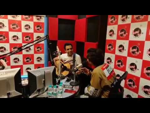 Download Rochak Kohli Live Singing - Ek Ladki Ko Dekha Toh Aisa Laga MP3 Gratis